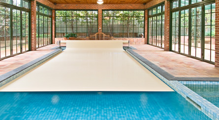 Indoor Pool Protection: Swimroll Eliminates Condensation
