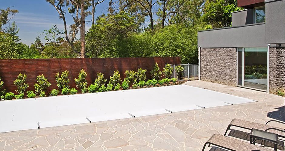 Remco PoolGuard: Protect pools in the colder months.